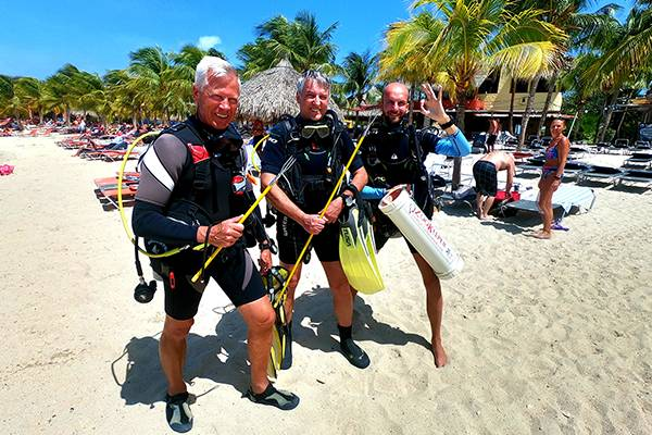 Blue Bay Dive & Watersports