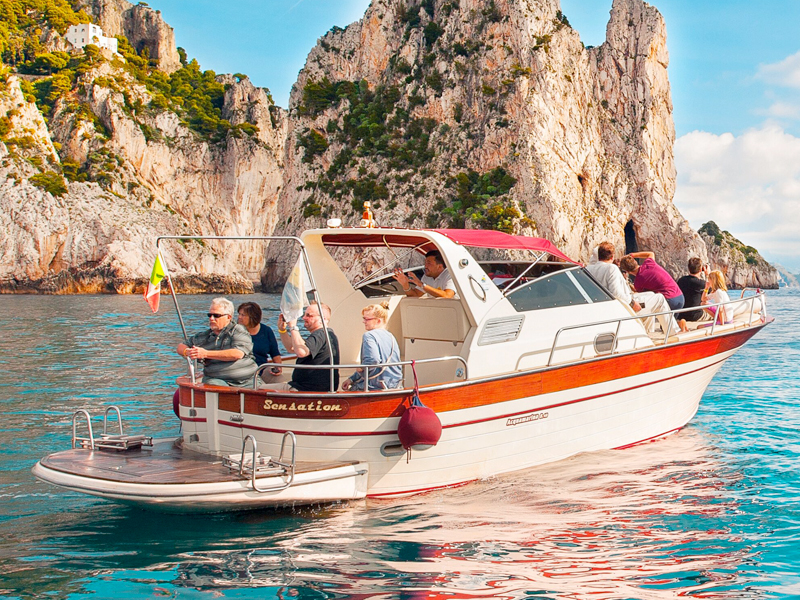 boat group tours capri and amalfi coast