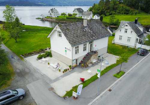 Juklafjord, Jonavegen 20, 5627 Jondal, Norway, +47 95117792