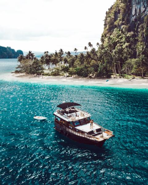 Philippine Island Cruise Corp SEA FRONTIER WOODEN YACHT