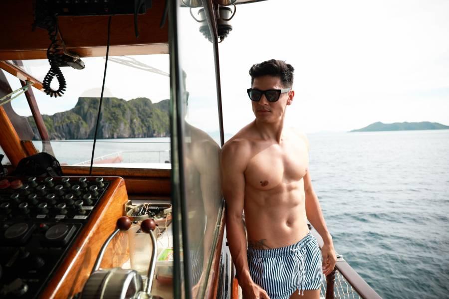 Philippine Island Cruise Corp SEA FRONTIER 목조 요트