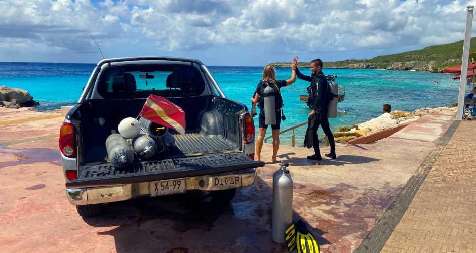 Dive & Drive, Coral Divers, Coral Estate