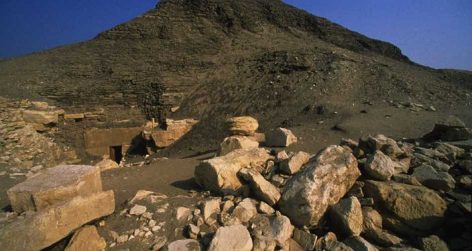3- La pyramide d'Hawara