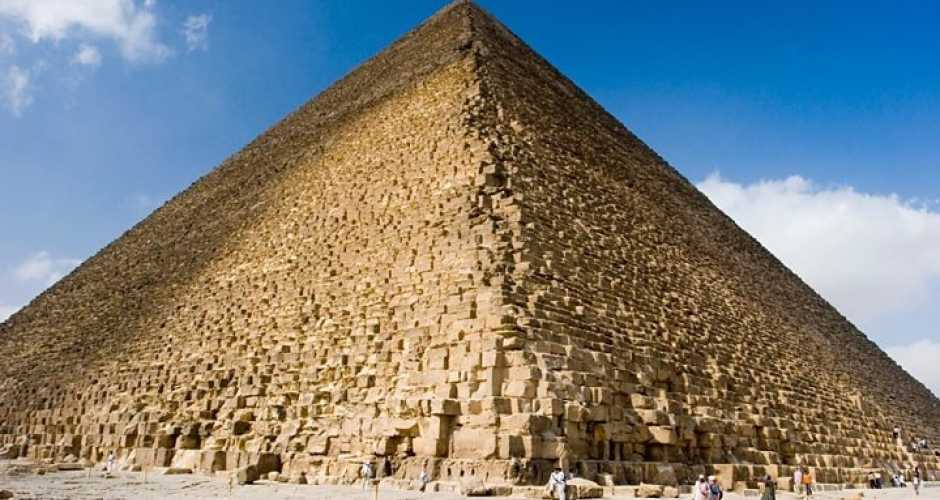 1- The Great Pyramid of Cheops ( Khufu 2586-2566)