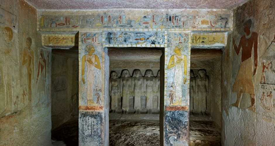 10-Tomb of Queen Meresankh III