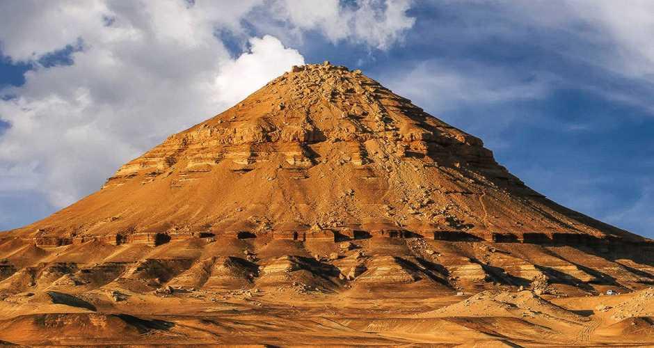 Gebel el Magharafa in Bahariya oasis