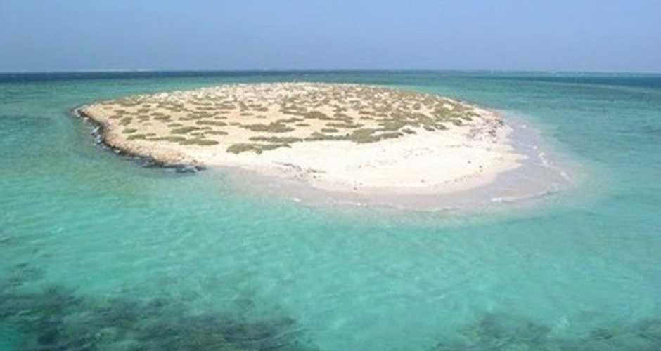 8-Hamata island