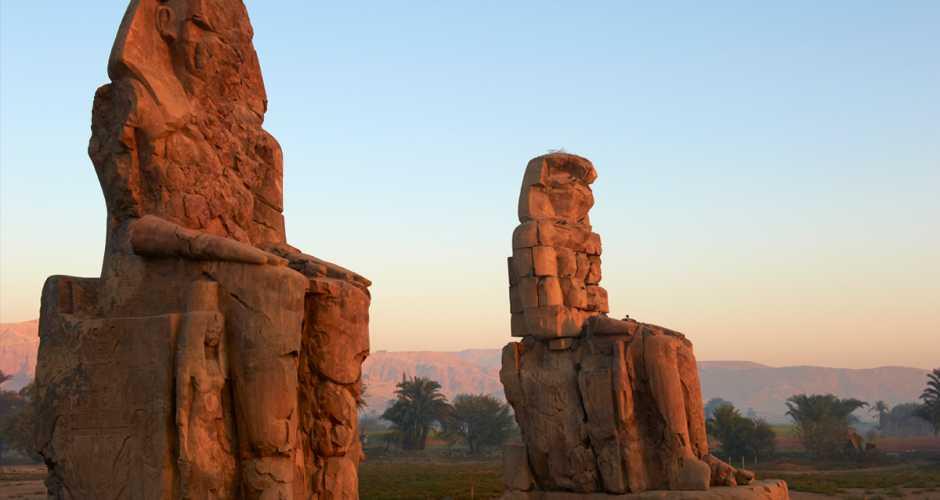 9-Kolossen van Memnon Kolossen