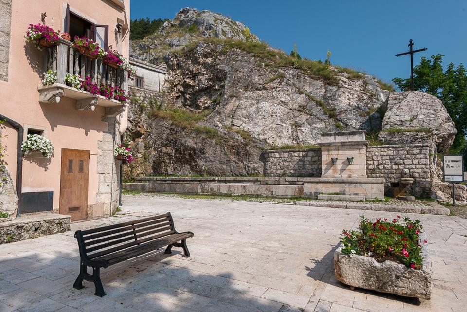 Qui il 9 Settembre 1922 è inaugurato il Parco Nazionale d'Abruzzo