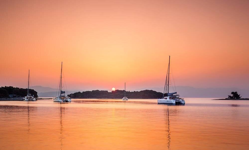 Sunset catamarans