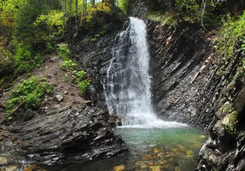 Zhenetsky waterfall (Guk)