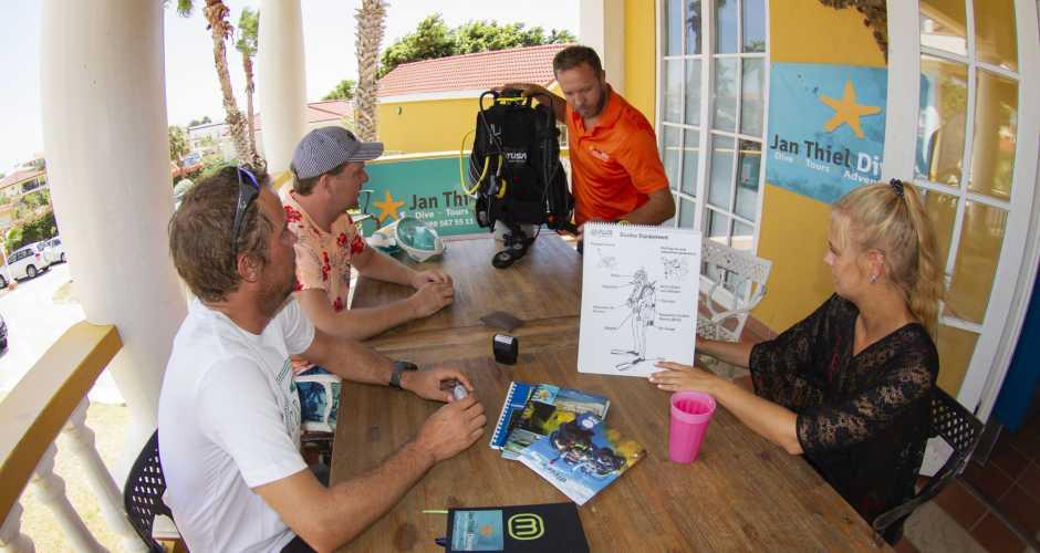 Dive Center Jan Thiel Diving